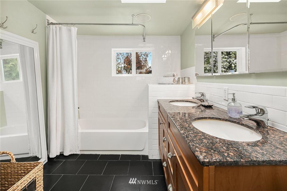 Sold Property   9610 8th Avenue NE Seattle, WA 98115 15