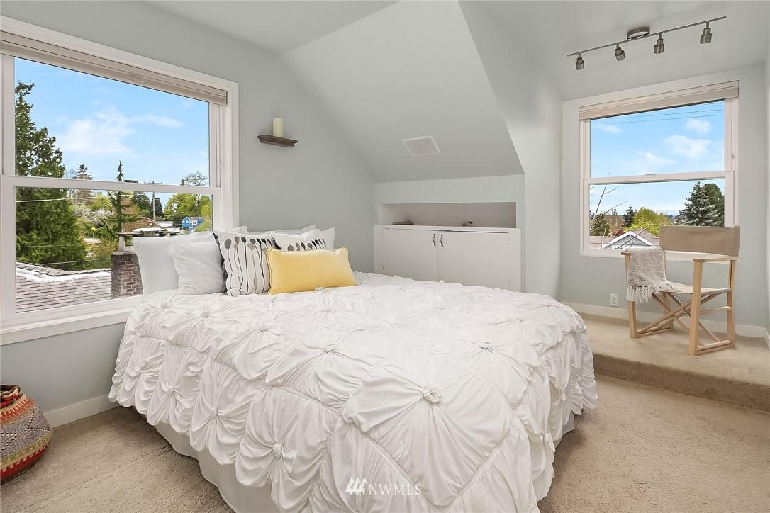 Sold Property   9610 8th Avenue NE Seattle, WA 98115 13