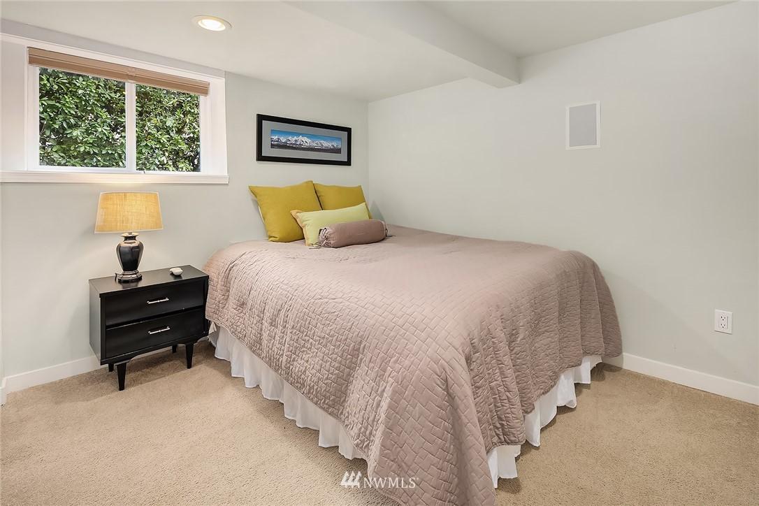 Sold Property   9610 8th Avenue NE Seattle, WA 98115 16
