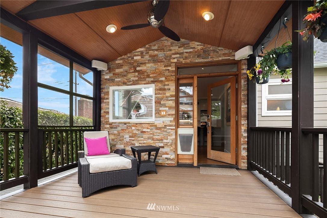 Sold Property   9610 8th Avenue NE Seattle, WA 98115 20