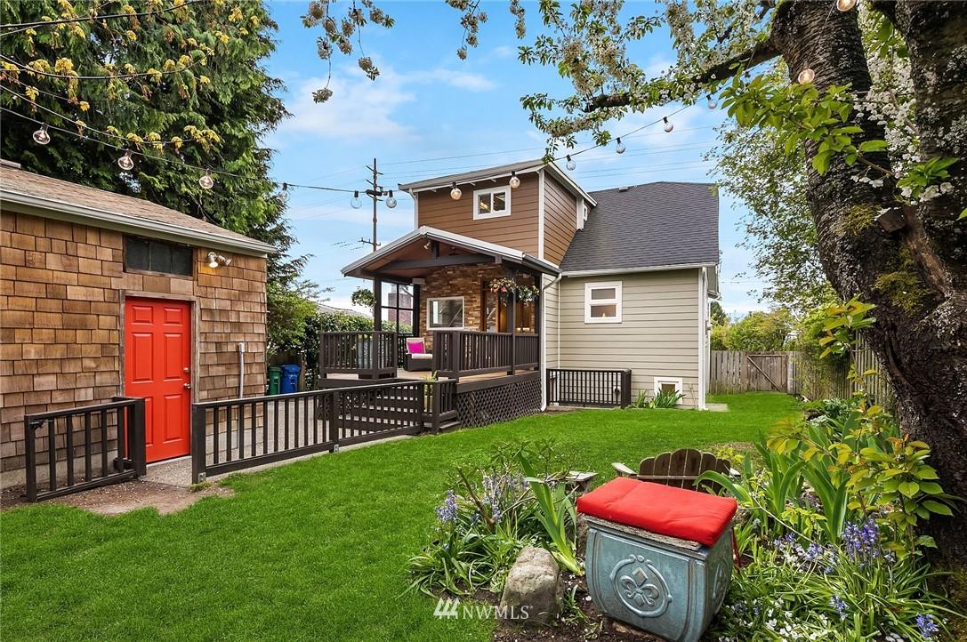 Sold Property   9610 8th Avenue NE Seattle, WA 98115 27