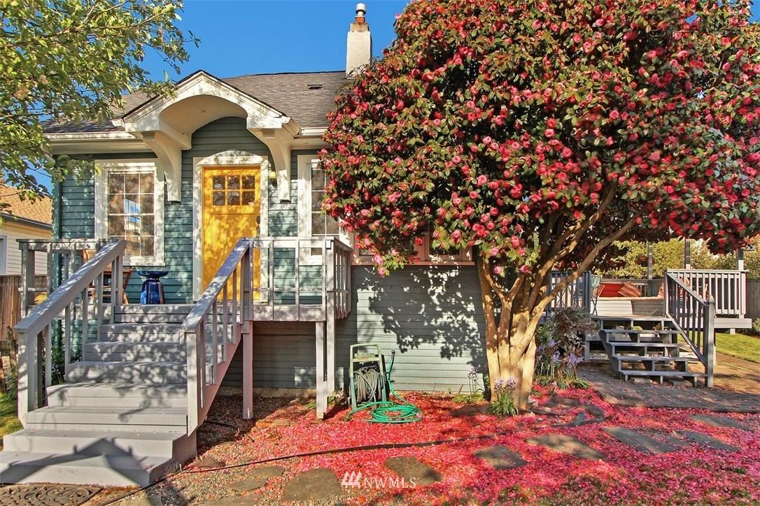 Sold Property   5608 Renton Avenue S Seattle, WA 98118 0
