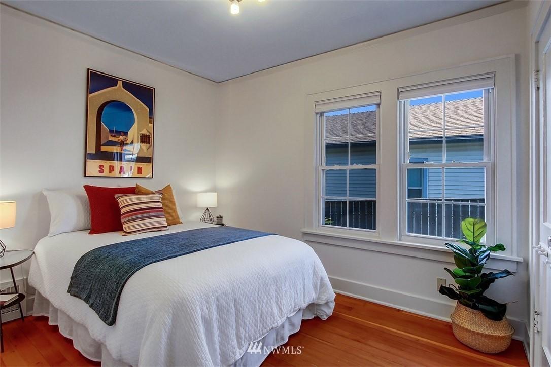Sold Property   5608 Renton Avenue S Seattle, WA 98118 8