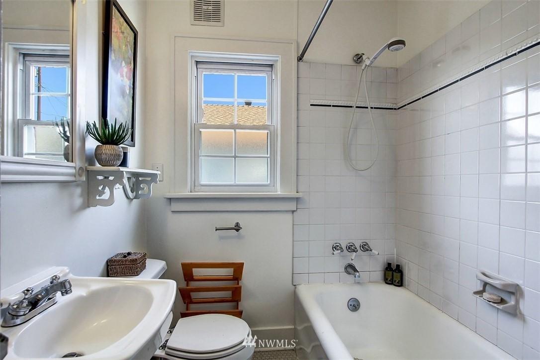 Sold Property   5608 Renton Avenue S Seattle, WA 98118 9