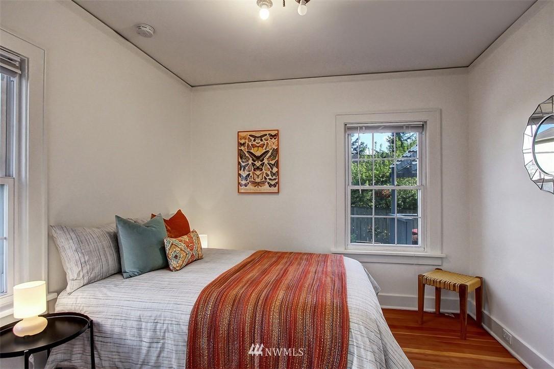 Sold Property   5608 Renton Avenue S Seattle, WA 98118 10