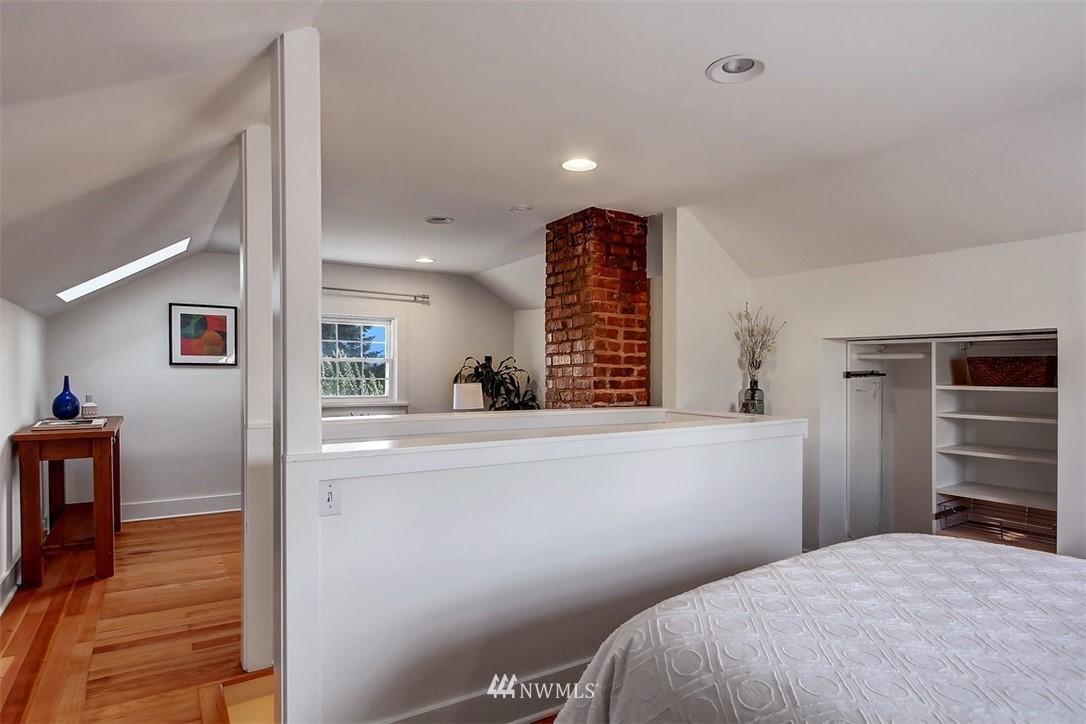 Sold Property   5608 Renton Avenue S Seattle, WA 98118 13