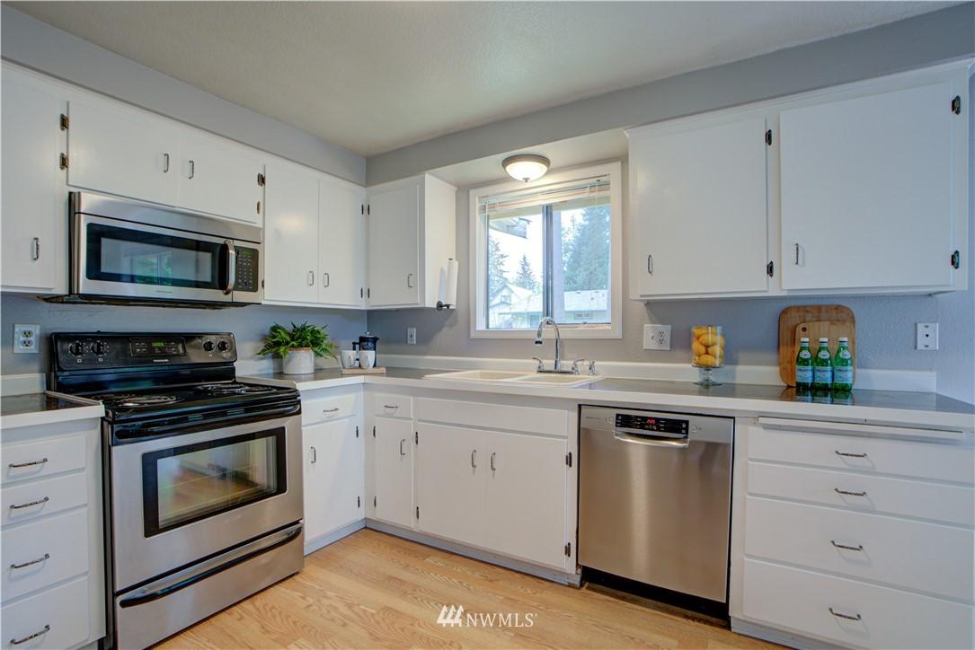 Sold Property | 11317 30th Avenue SE Everett, WA 98208 8