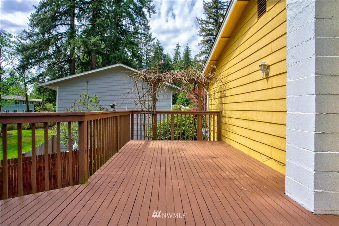 Sold Property | 11317 30th Avenue SE Everett, WA 98208 17