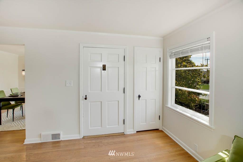 Sold Property | 8008 21st Avenue NW Seattle, WA 98117 2
