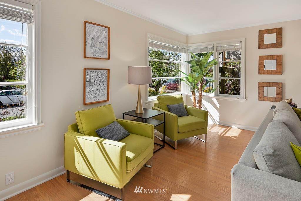Sold Property | 8008 21st Avenue NW Seattle, WA 98117 3