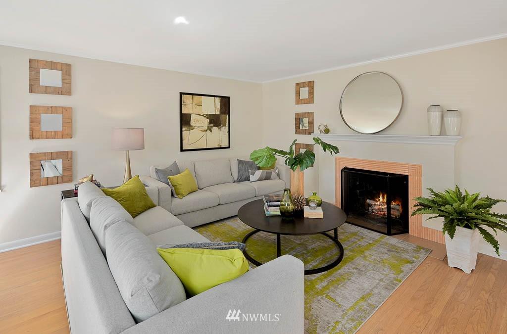 Sold Property | 8008 21st Avenue NW Seattle, WA 98117 4