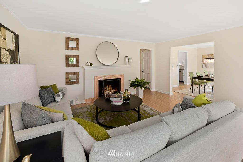 Sold Property | 8008 21st Avenue NW Seattle, WA 98117 5