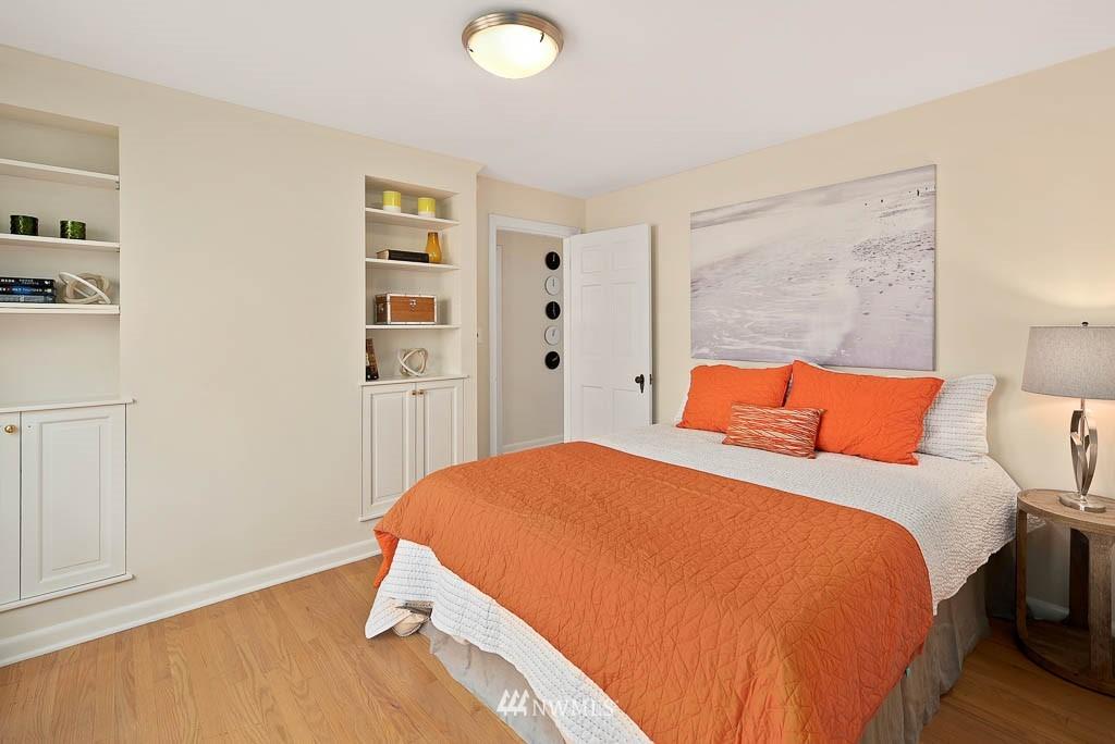 Sold Property | 8008 21st Avenue NW Seattle, WA 98117 13