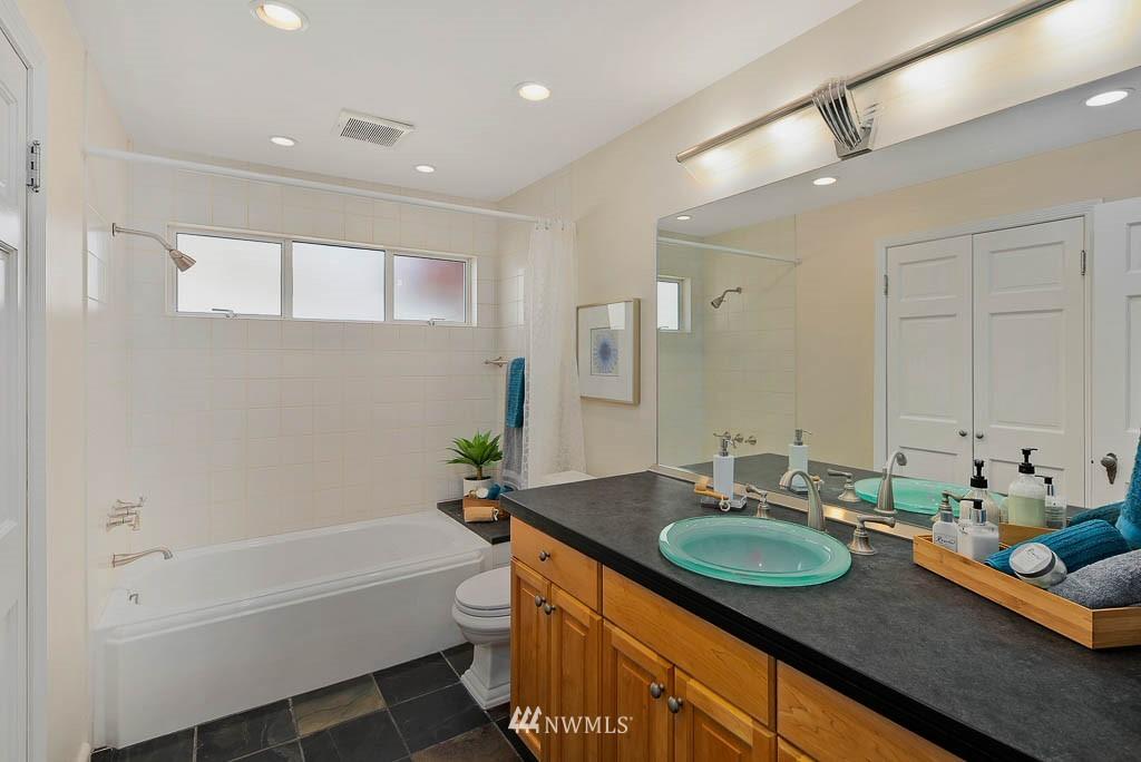 Sold Property | 8008 21st Avenue NW Seattle, WA 98117 14