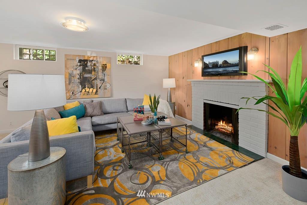 Sold Property | 8008 21st Avenue NW Seattle, WA 98117 15