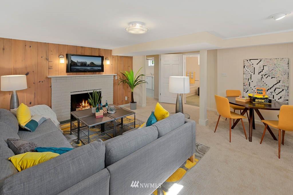 Sold Property | 8008 21st Avenue NW Seattle, WA 98117 16