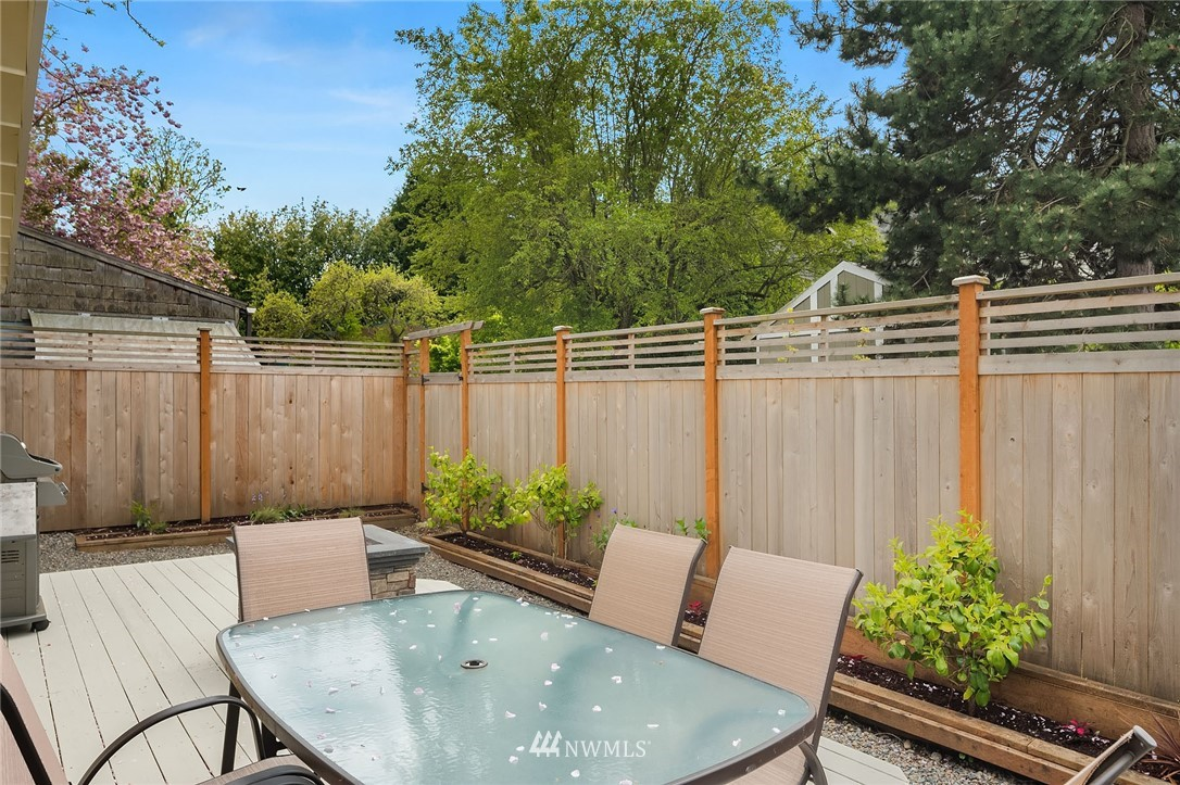 Sold Property | 10227 42nd Avenue SW Seattle, WA 98146 21
