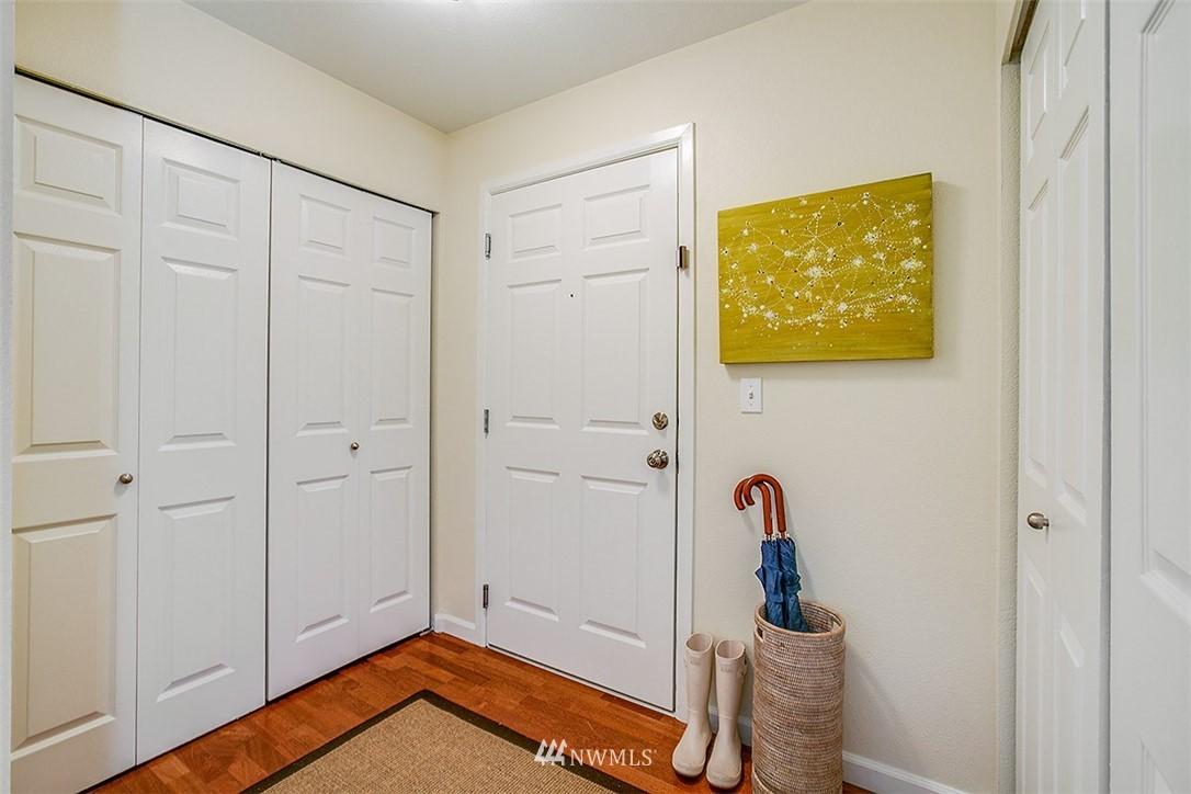 Sold Property | 621 5th Avenue N #409 Seattle, WA 98109 11