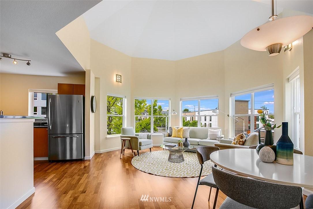 Sold Property | 621 5th Avenue N #409 Seattle, WA 98109 2