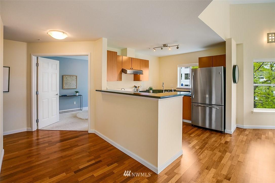 Sold Property | 621 5th Avenue N #409 Seattle, WA 98109 5