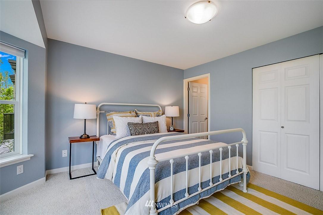 Sold Property | 621 5th Avenue N #409 Seattle, WA 98109 9