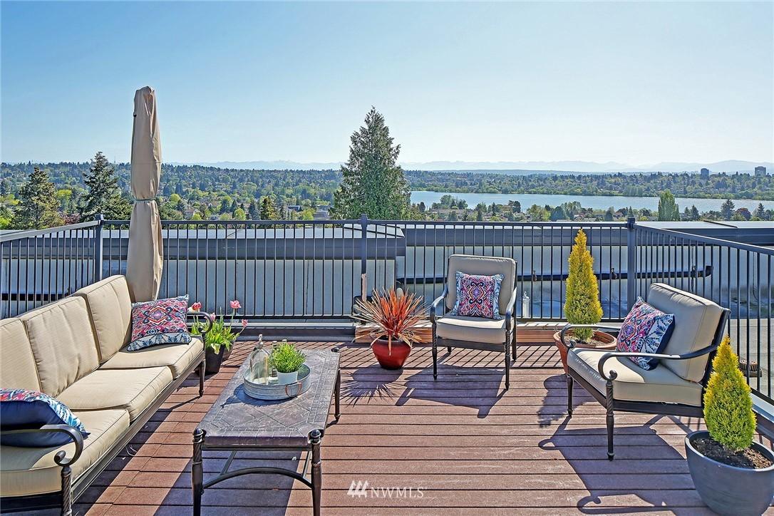 Sold Property | 7116 Greenwood Avenue N #403 Seattle, WA 98103 0