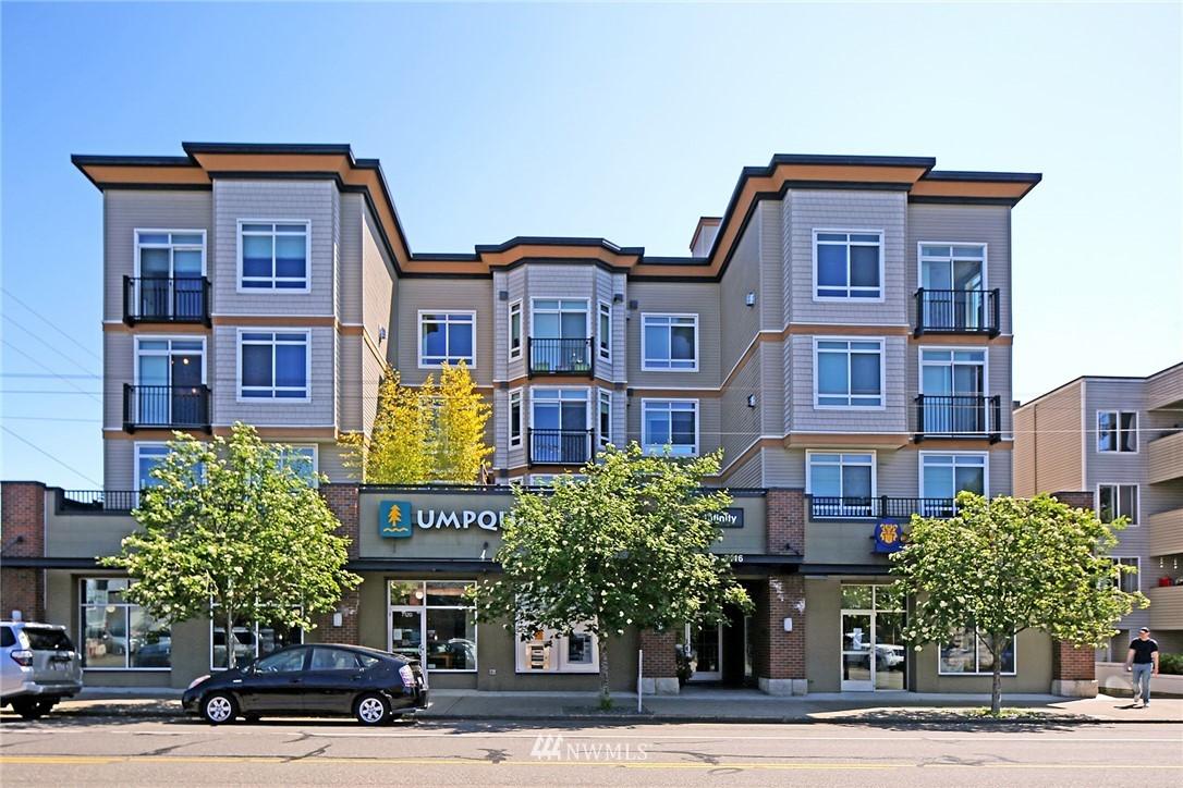 Sold Property | 7116 Greenwood Avenue N #403 Seattle, WA 98103 1