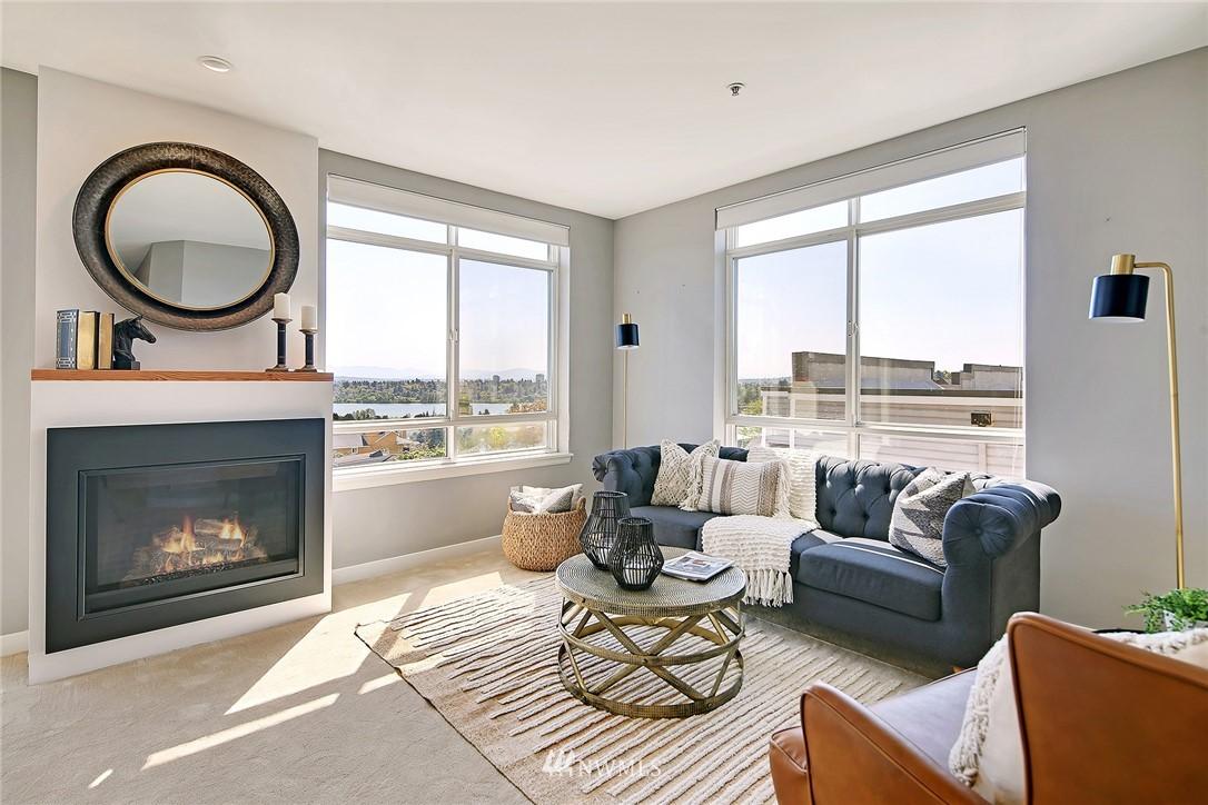 Sold Property | 7116 Greenwood Avenue N #403 Seattle, WA 98103 15