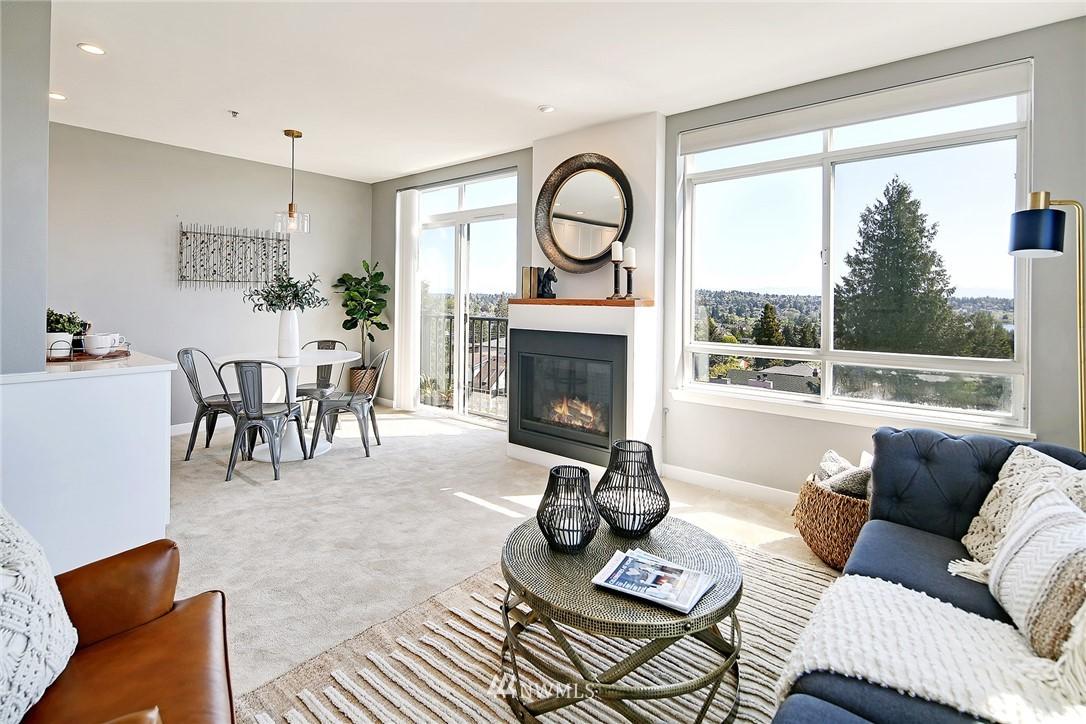 Sold Property | 7116 Greenwood Avenue N #403 Seattle, WA 98103 17
