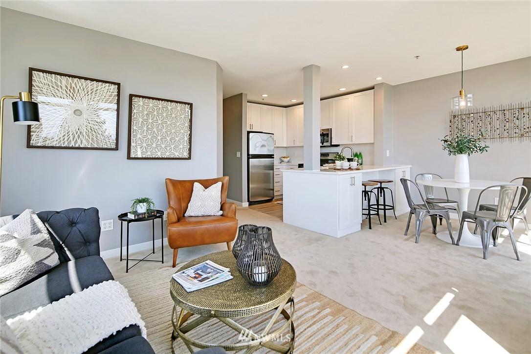 Sold Property | 7116 Greenwood Avenue N #403 Seattle, WA 98103 16