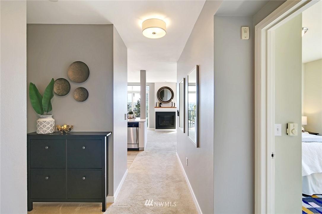 Sold Property | 7116 Greenwood Avenue N #403 Seattle, WA 98103 2