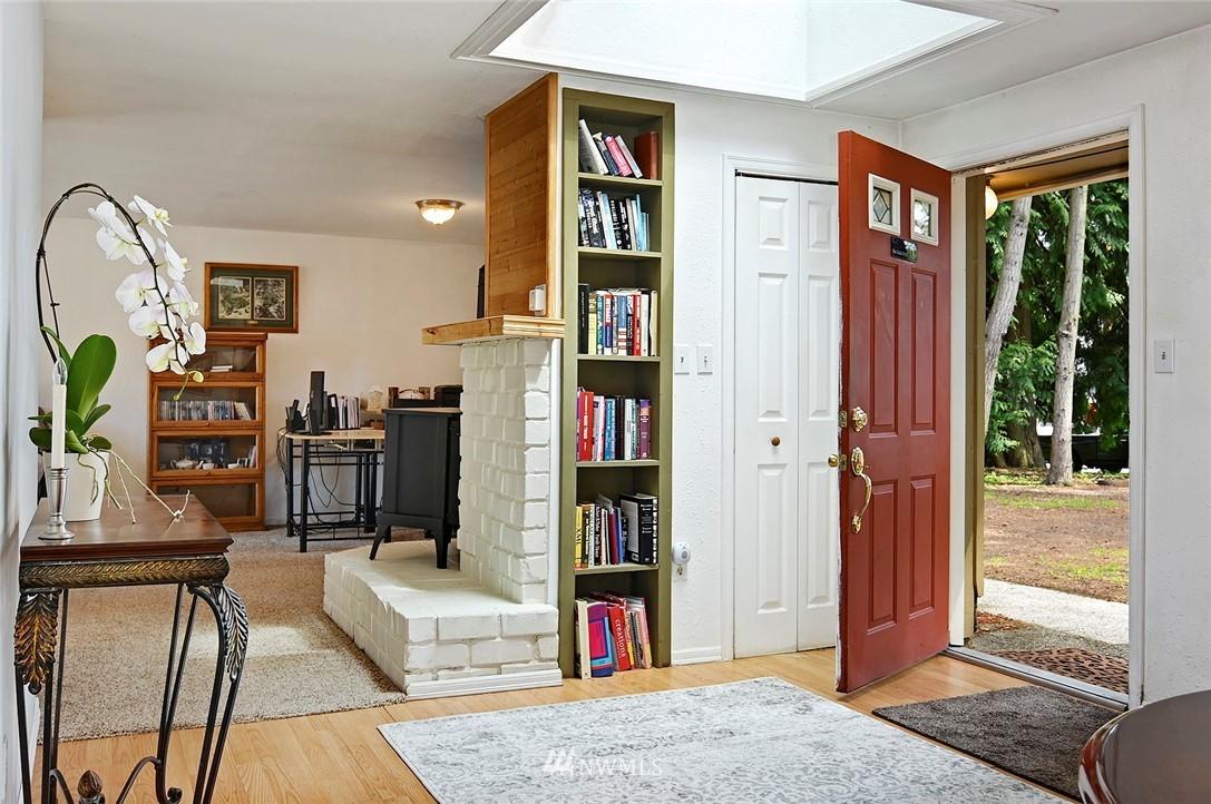 Sold Property | 21704 54th Avenue W Mountlake Terrace, WA 98043 4