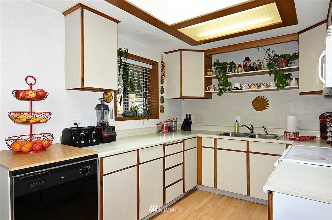 Sold Property | 21704 54th Avenue W Mountlake Terrace, WA 98043 8