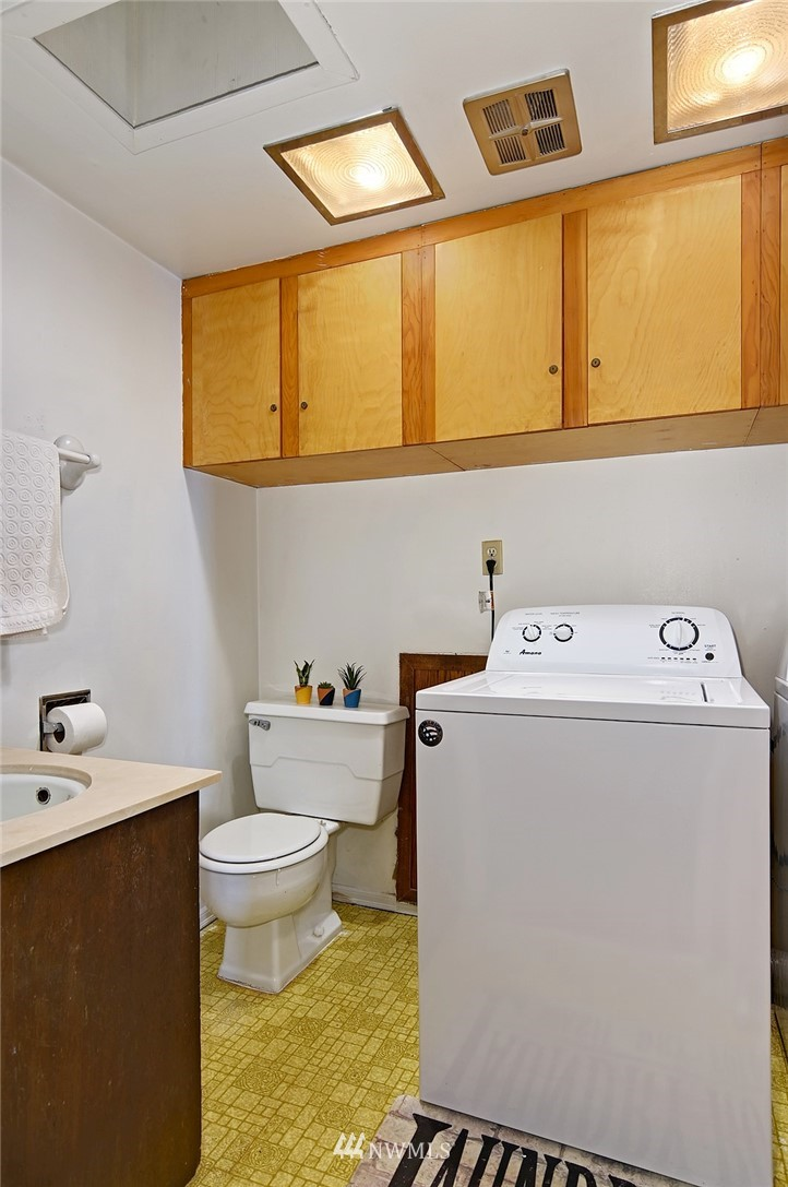 Sold Property | 21704 54th Avenue W Mountlake Terrace, WA 98043 11