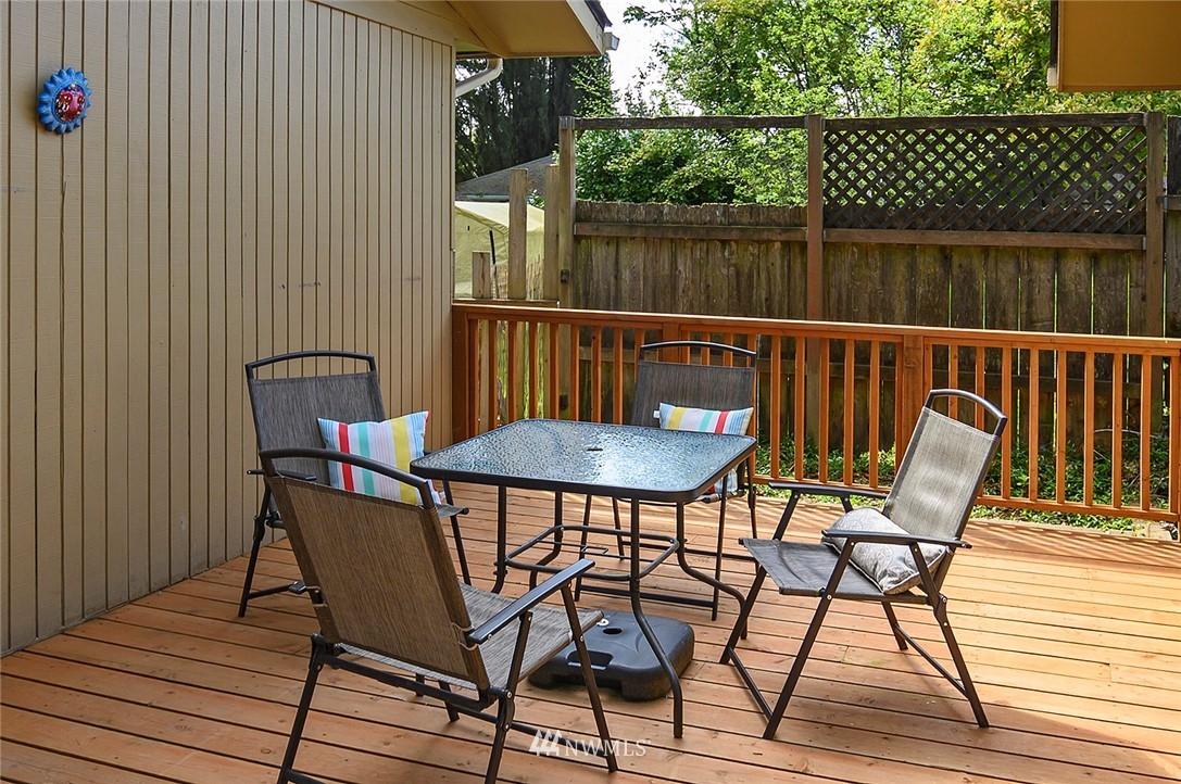 Sold Property | 21704 54th Avenue W Mountlake Terrace, WA 98043 23