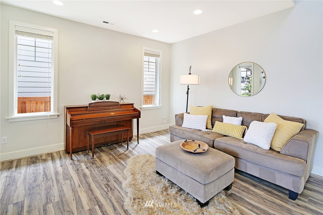 Sold Property | 710 153rd Street SW Lynnwood, WA 98087 4