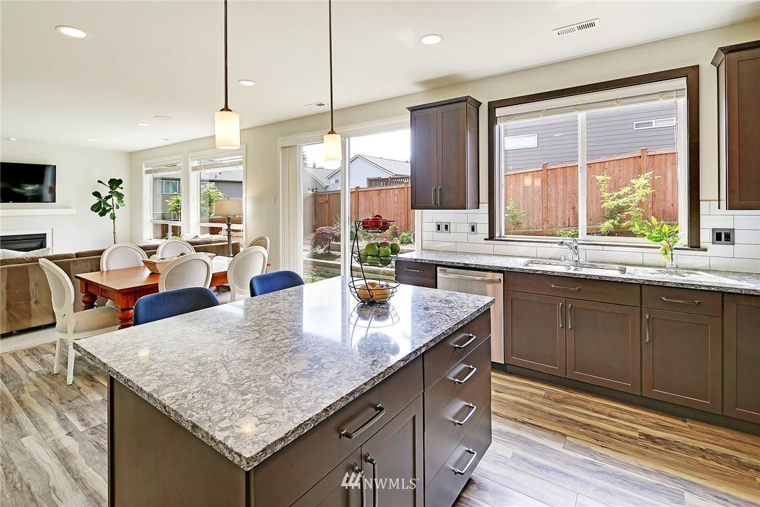 Sold Property | 710 153rd Street SW Lynnwood, WA 98087 13