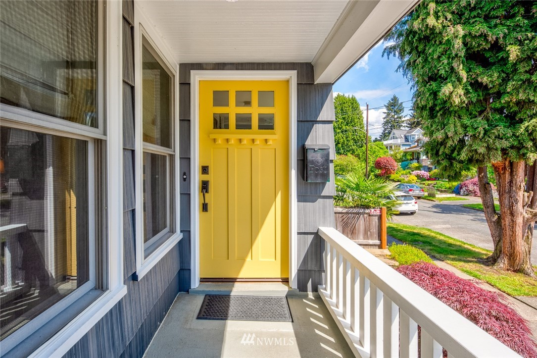 Sold Property | 102 NE 60th Street Seattle, WA 98115 1