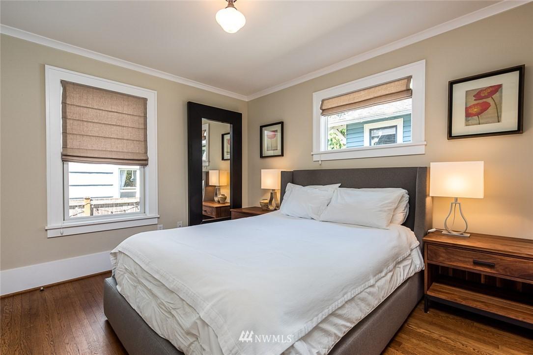 Sold Property | 102 NE 60th Street Seattle, WA 98115 8