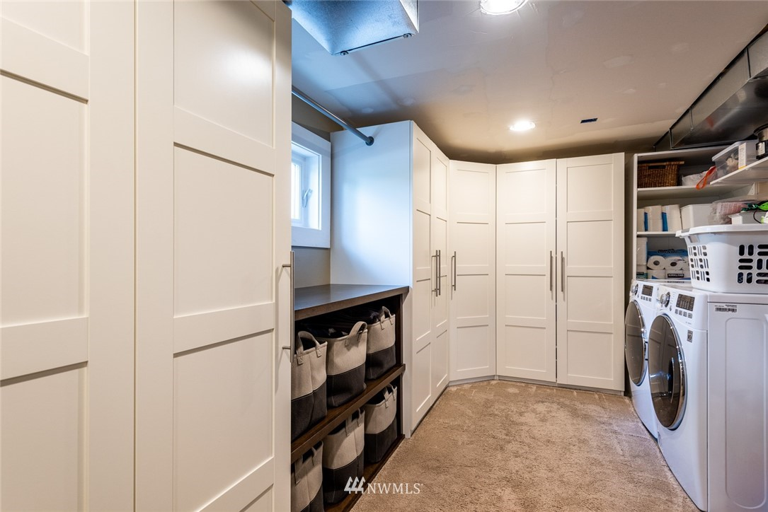 Sold Property | 102 NE 60th Street Seattle, WA 98115 12