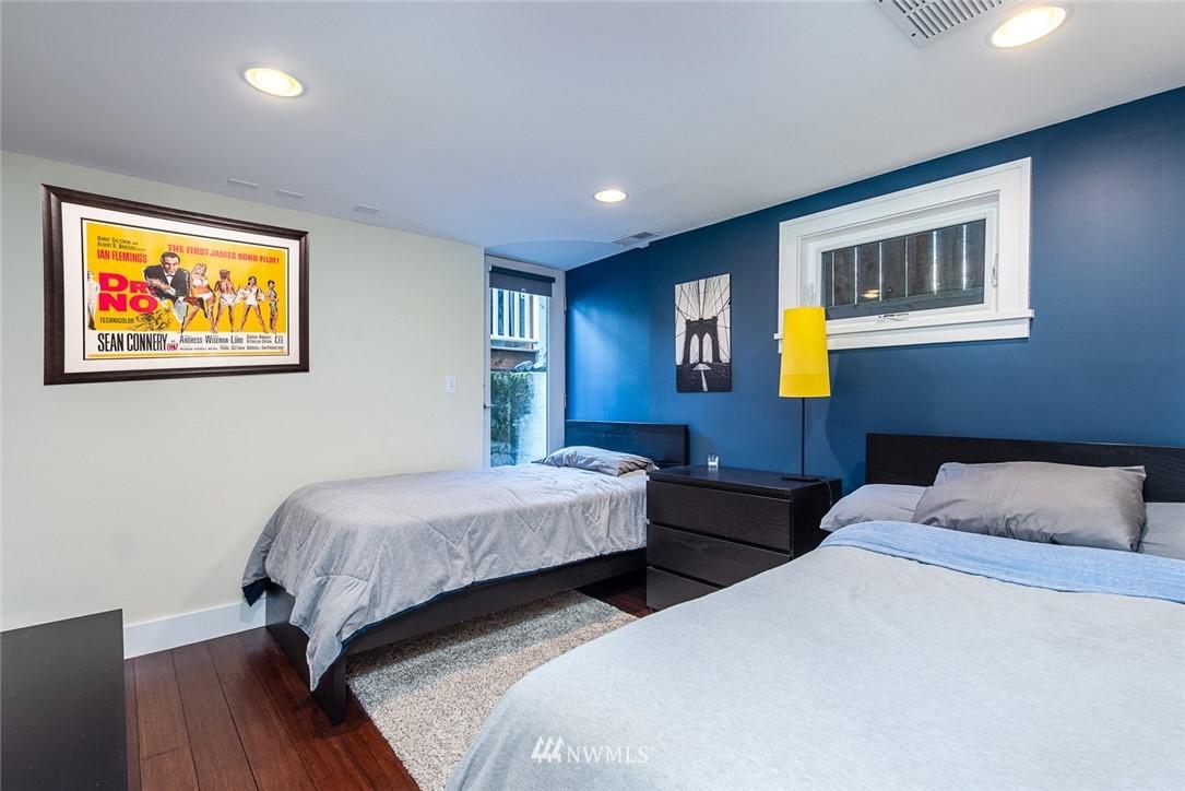 Sold Property | 102 NE 60th Street Seattle, WA 98115 14