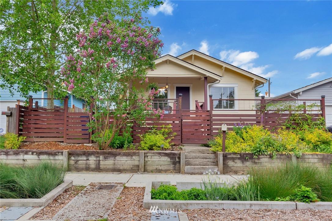 Sold Property | 8641 17th Avenue SW Seattle, WA 98106 0