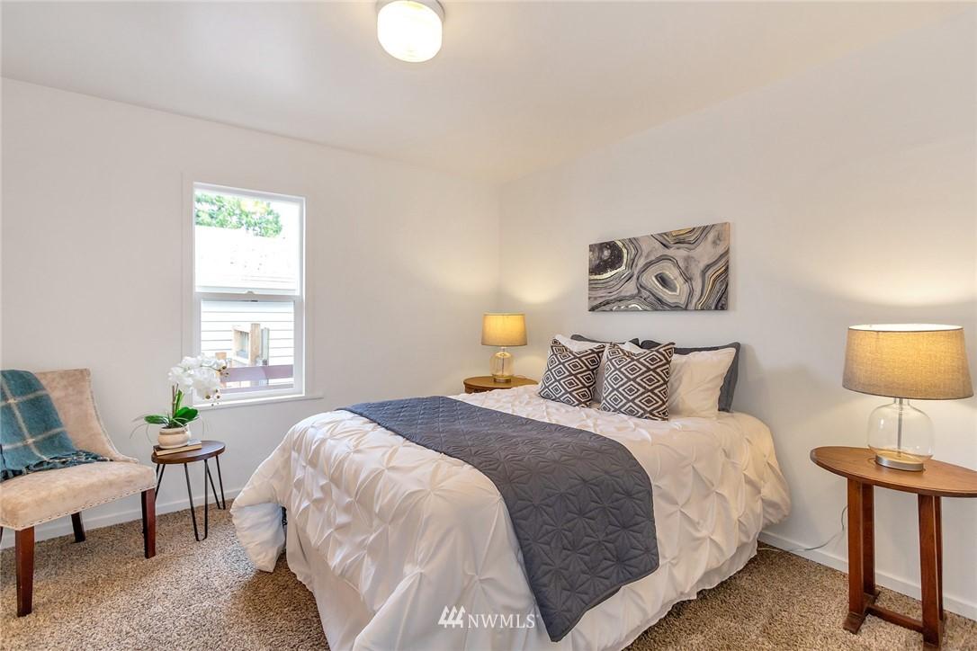 Sold Property | 8641 17th Avenue SW Seattle, WA 98106 9