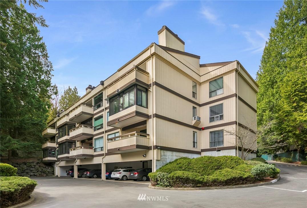 Sold Property | 13739 15th Avenue NE #B10 Seattle, WA 98125 0