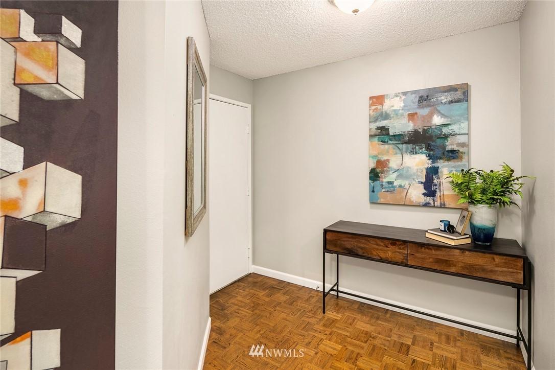 Sold Property | 13739 15th Avenue NE #B10 Seattle, WA 98125 1