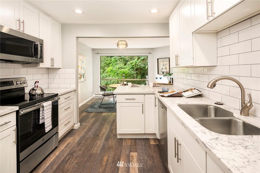 Sold Property | 13739 15th Avenue NE #B10 Seattle, WA 98125 2
