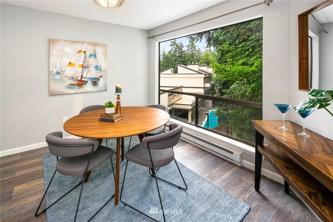 Sold Property | 13739 15th Avenue NE #B10 Seattle, WA 98125 7