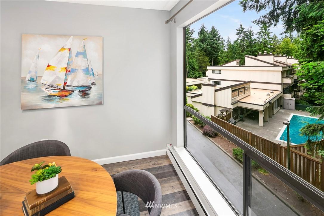 Sold Property | 13739 15th Avenue NE #B10 Seattle, WA 98125 8