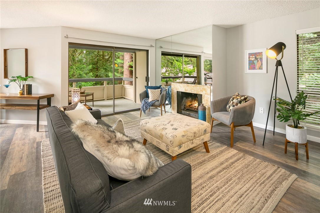 Sold Property | 13739 15th Avenue NE #B10 Seattle, WA 98125 14