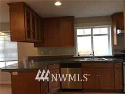 Sold Property | 4612 Interlake Avenue N Seattle, WA 98103 3